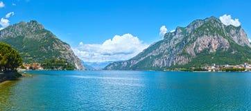 Panorama do verão de Como do lago (Itália) Foto de Stock