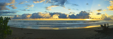 Panorama Dominical do por do sol Imagem de Stock Royalty Free