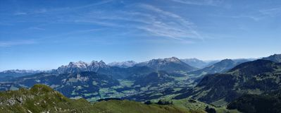 Panorama dos alpes Fotos de Stock Royalty Free