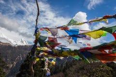 Panorama dos Himalayas na mola de Nepal Imagem de Stock