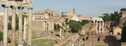 Panorama dos ruines de Roma imagens de stock
