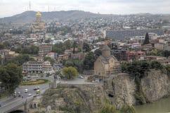 Panorama du centre de la ville de la forteresse Narikala photographie stock