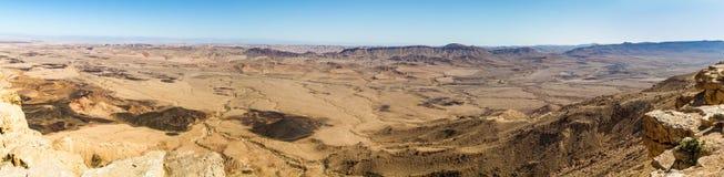 Panorama du Makhtesh Ramon dans le désert du Néguev, Israël Images stock