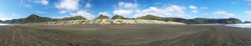 Panorama du nord de plage de Piha photos libres de droits