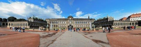 Panorama du palais de Zwinger à Dresde, Allemagne Photographie stock