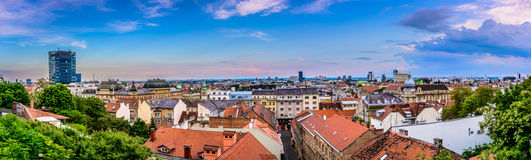 Panorama du paysage urbain de Zagreb, Croatie Images stock