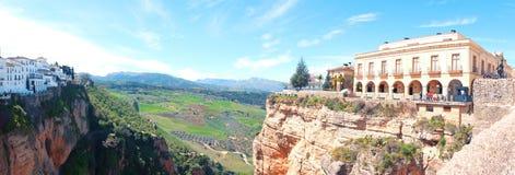 Panorama dwa boczna dziejowa wioska Ronda Zdjęcia Stock