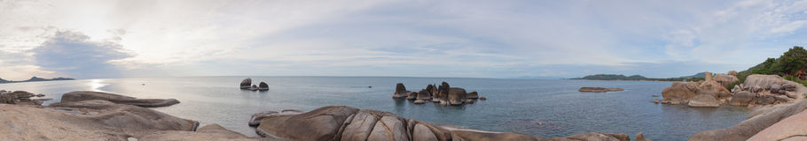 Panorama dziadu plażowa skała Obrazy Royalty Free