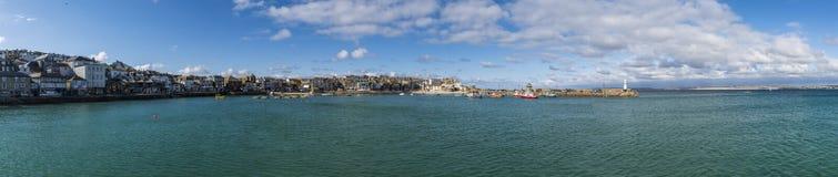 Panorama en el santo Ives Cornwall fotos de archivo