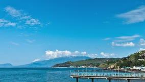 Panorama escénico del verano del embarcadero del Mar Negro almacen de video