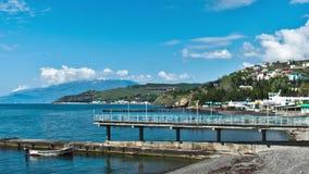 Panorama escénico del verano del embarcadero del Mar Negro almacen de metraje de vídeo
