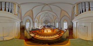 Panorama esférico do órgão de tubulação da igreja de St Peter, Cluj-Napoca, Romênia fotografia de stock