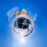 Panorama esférico 360 180 grados de chamán del cabo en la isla de Fotos de archivo