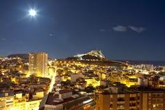 panorama för alicante stadsnatt Arkivbilder
