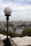 Panorama för Chain bro i Budapest från Buda Hill Royaltyfri Bild