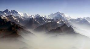 Panorama för Everest maximum- och Himalaya Everest bergskedja arkivfoton