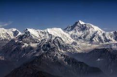 Panorama för Everest maximum- och Himalaya Everest bergskedja royaltyfri foto