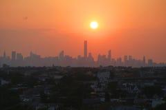Panorama för MidtownManhattan horisont på solnedgången Fotografering för Bildbyråer