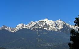 panorama för mont för massiv för alpsblanc italiensk royaltyfri bild