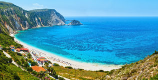 Panorama för Petani strandsommar (Kefalonia, Grekland) Royaltyfri Fotografi