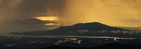 Panorama för solnedgånghavssikt Arkivfoto
