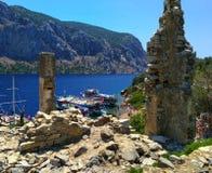 Panorama famoso della natura del mar Egeo da una collina sull'isola di Kameriye Adas Immagini Stock