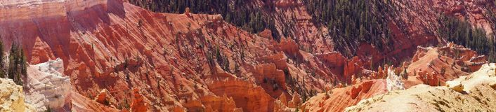 Panorama, fantasticly eroded red Navajo sandstone pinnacles Stock Photography