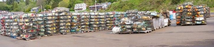 Panorama - flutuadores do caranguejo, e armadilhas do caranguejo fotos de stock royalty free