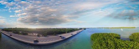 Panorama- flyg- sikt av den Key West kustlinjen, Florida - USA Royaltyfri Foto