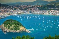 Panorama- flyg- sikt av San Sebastian Donostia Spain Arkivfoton