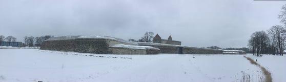 Panorama- foto för Kuressaare slott Royaltyfria Bilder