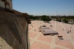 Panorama från övreterrassen Tillflykten byggda uzbekistan royaltyfria foton
