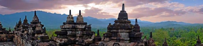 Panorama från Borobudur, buddistisk tempel för 9th-århundrade i Magelang Indonesien Arkivbilder