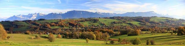 Panorama an Franzosen Alpes-Herbst stockbilder
