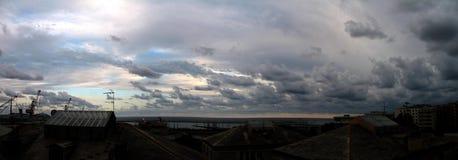 Panorama Génova Cluds Imagen de archivo