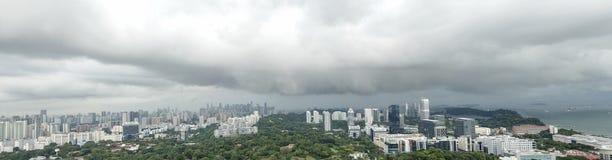 Panorama granangular aéreo de la tormenta inminente fotografía de archivo