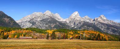 Panorama grand de Tetons Photographie stock libre de droits