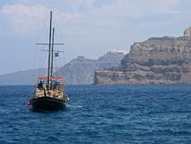 Panorama- Grekland Santorini klippa Arkivfoto