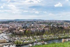 Panorama- hög sikt av den Cluj Napoca staden Arkivfoto