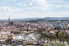 Panorama- hög sikt av den Cluj Napoca staden Royaltyfri Bild