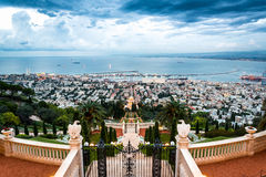 Panorama Haifa - port i Bahai uprawiamy ogródek, Izrael Obrazy Stock
