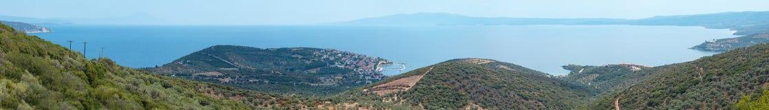 Panorama Halkidiki, Grecia della costa di mare di estate Immagine Stock