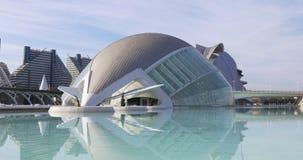 Panorama hemesferic 4k España de la luz del sol del día del planetario de Valencia almacen de video