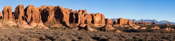 Panorama in het recente de herfstlicht van de Tuin van Eden bij Bogen Nationaal Park, Utah stock foto