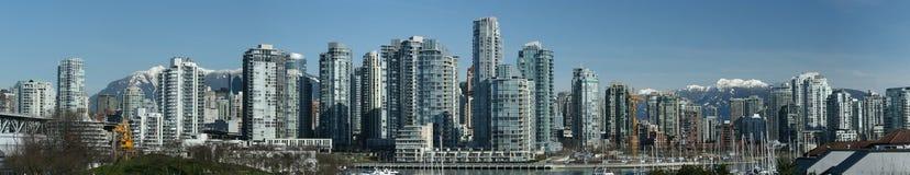 Panorama het Van de binnenstad van Vancouver Stock Afbeeldingen