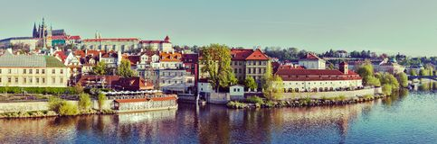Panorama historyczny centrum Praga:  Gradchany (Praga kasztel Obrazy Royalty Free