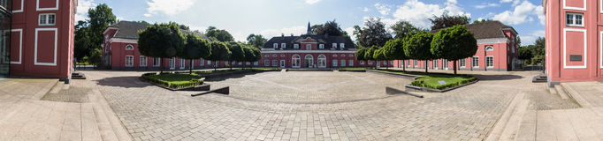 Panorama hoher Auflösung Schlossoberhausens Deutschland lizenzfreie stockfotos