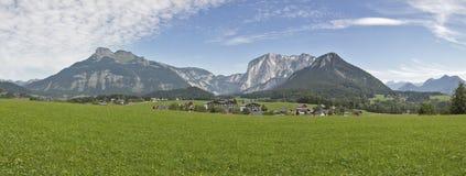 Panorama idilliaco del paesaggio delle alpi in Austria Fotografia Stock Libera da Diritti