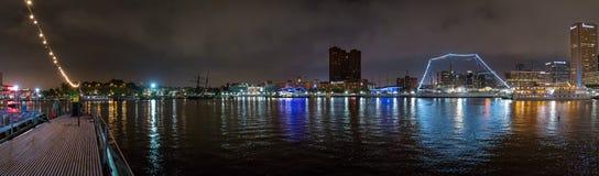 Panorama interno di notte del porto di Baltimora Fotografia Stock Libera da Diritti