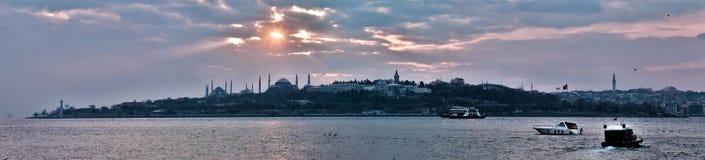 Panorama Istanboel royalty-vrije stock foto's